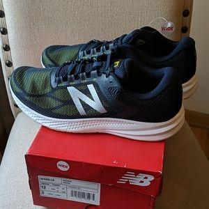 New Balance 490v6 Cushioning Running Shoes Wide
